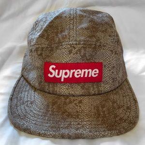 SUPREME Box Logo Canvas Hat (Snake Skin Print)